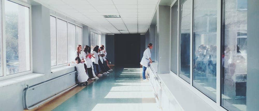 Krankenhaus Navigation im Rahmen des KHZG mit locandis